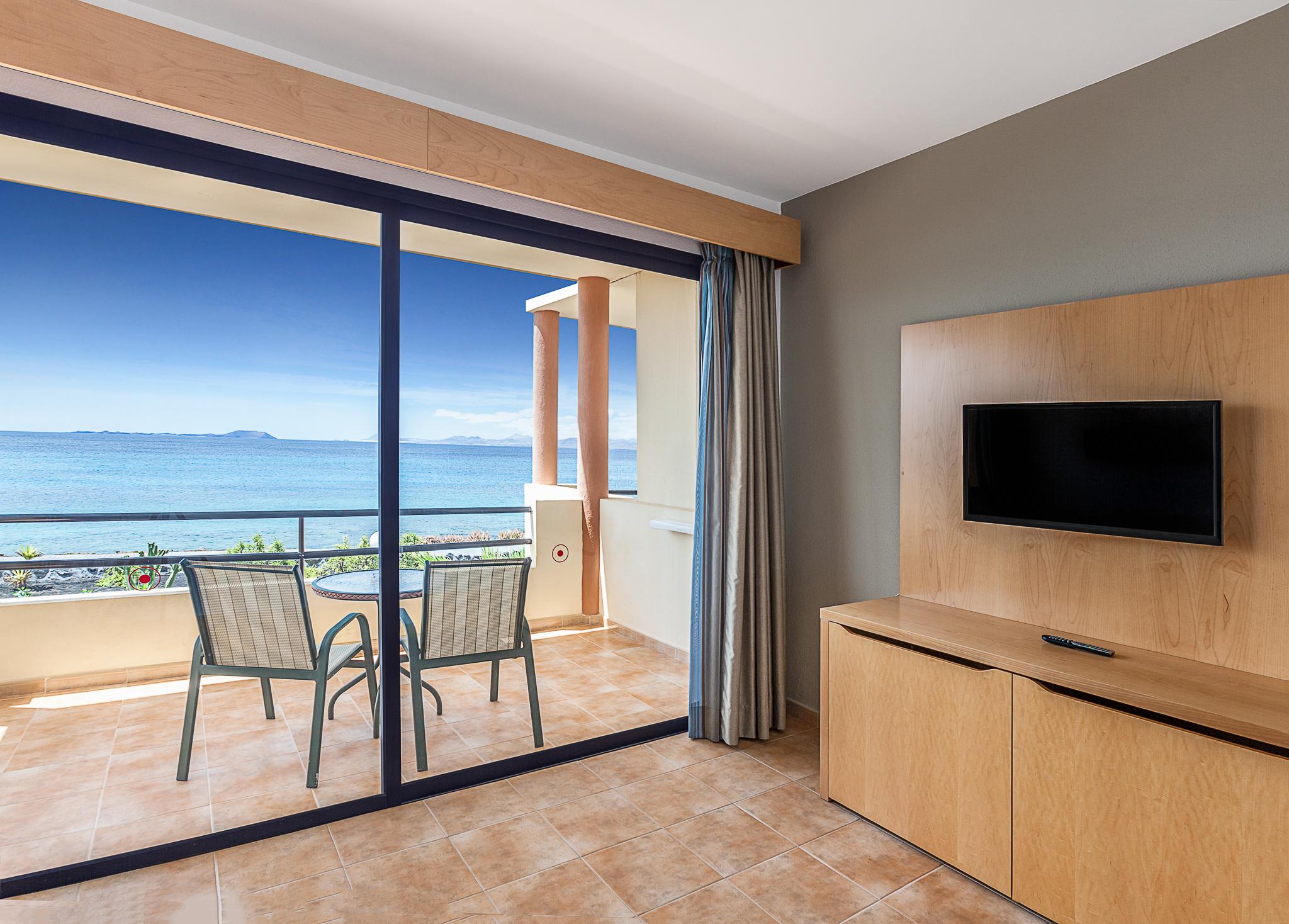 hotel room-1 copia