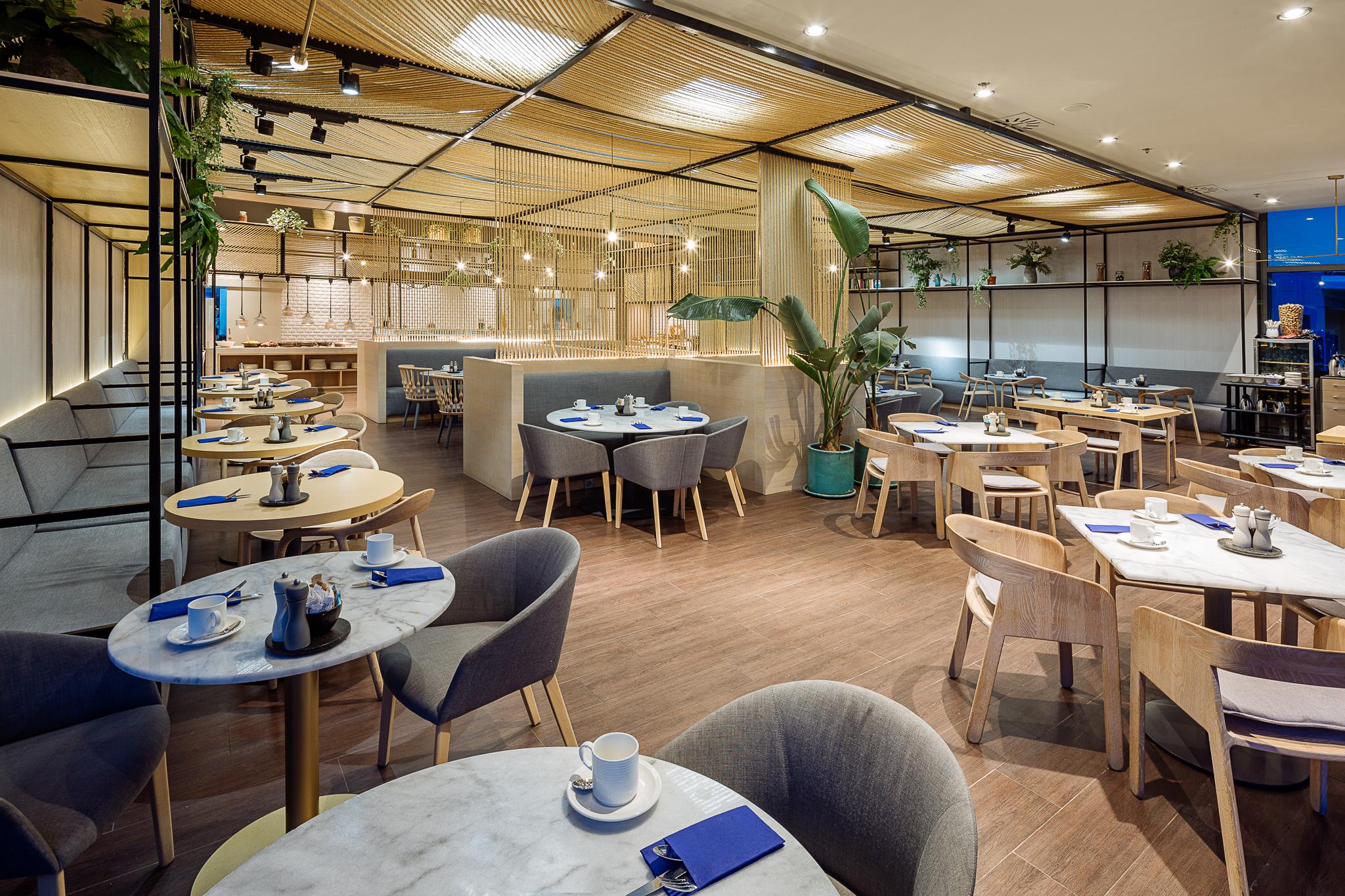 5* Hotel Restaurant